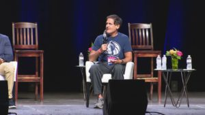 PopCulture.com – Mavericks Owner Mark Cuban Shares Thoughts on 'Defund the Police' Movement